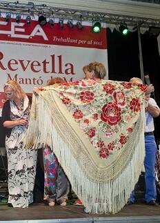 Premio Mantón Actual para Puri Álvarez.