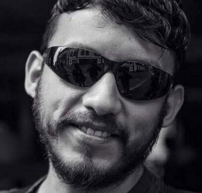 Rubén Espinosa, fotoperiodista en una imagen tomada de Twitter.