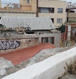 Según el Grupo Municipal Popular,  una casa abandonada se ha convertido en el principal objetivo de los jóvenes.