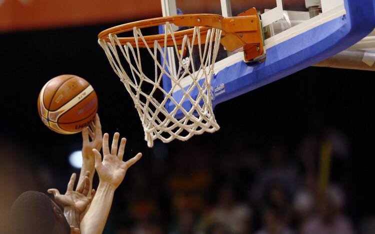 Selección Española de basket con victoria ante Van Rossom (4)