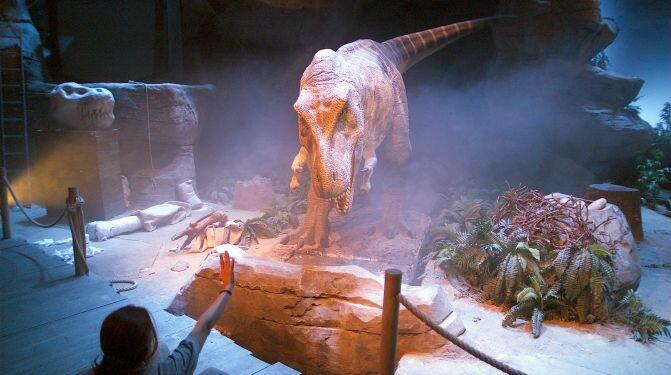 Show-T-rex_Dinopolis-TeruelOK