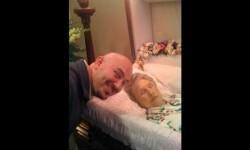Un sitio web de Rusia ofrece dinero por selfies con muertos (8)