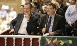 Ximo Puig se compromete a que el Misteri d'Elx tenga en esta legislatura la dotación económica que merece