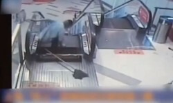 escalera mecánica accidente china