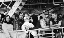 ©ACNUR/F. Bucciarelli - Unas 456 personas, entre ellas varias decenas de niños, fueron rescatadas por la patrulla de la marina irlandesa en respuesta a una llamada de auxilio realizada en la tarde del martes 28 de julio. Otras 14 personas perdieron la vida en este incidente
