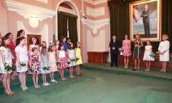 recepcion reinas y damas 3