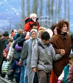 Éxodo de refugiados que intentan llegar a Europa. (Foto-Valencia Noticias)