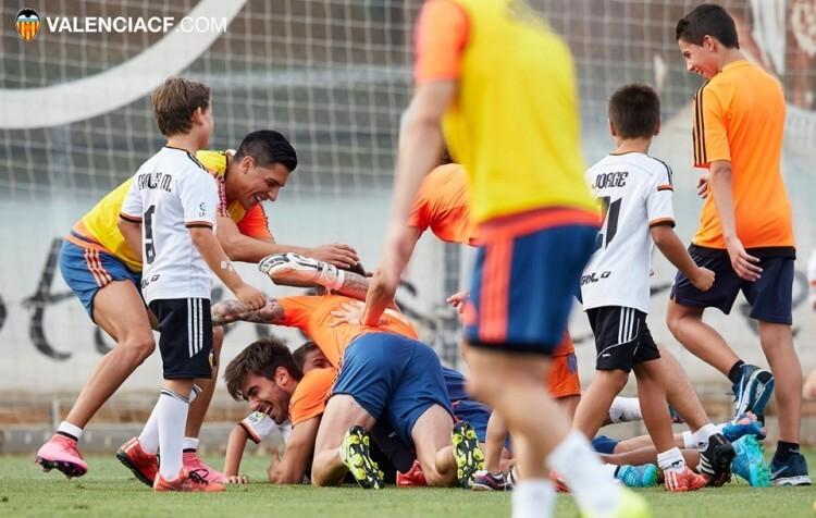 2015-09-03, Entrenamiento Valencia CF en Ciudad Deportiva VCF Paterna, Valencia.