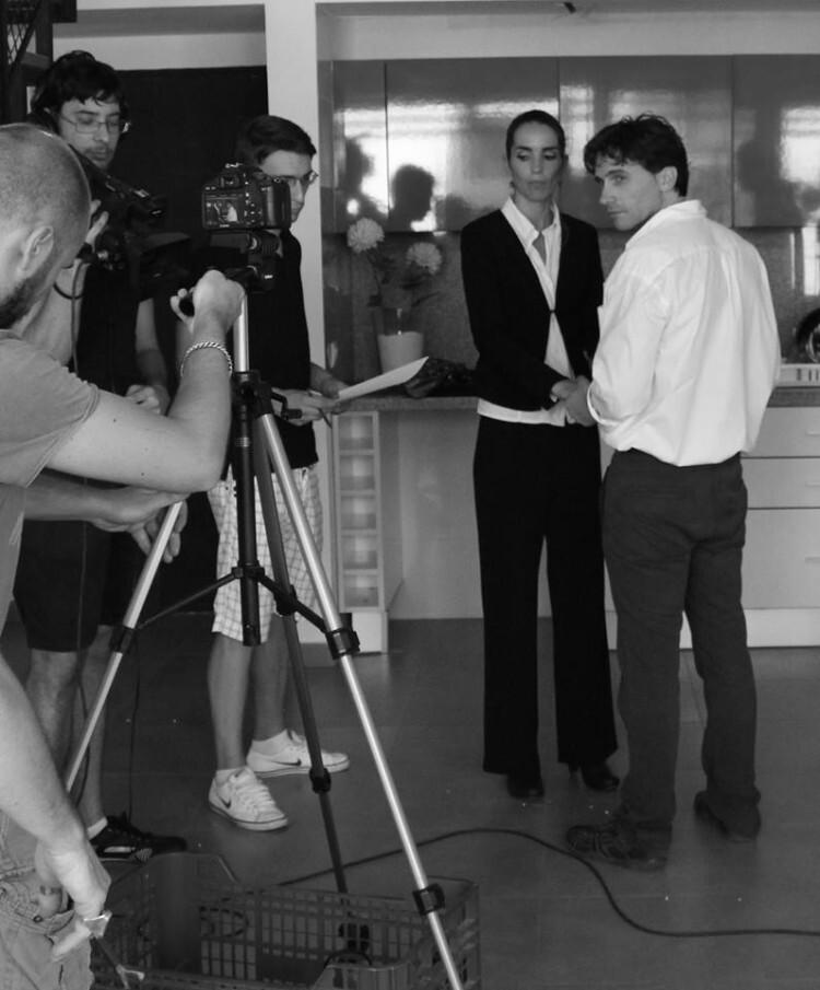 Actores y directores podrán especializarse en Cine y TV, con títulos privados.