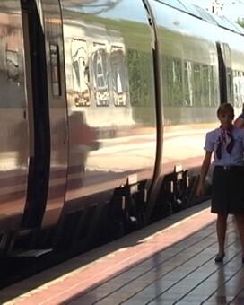 Ante esta convocatoria, el Ministerio de Fomento ha fijado unos servicios mínimos del 72 `por ciento de los trenes en Alta Velocidad.