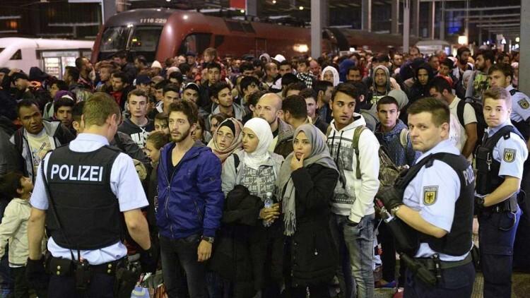 Austria envía el ejército a la frontera con Hungría y restaura los controles ante la oleada de refugiados
