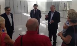 Calabuig visita el Centro de Mayores de Monteolivete.