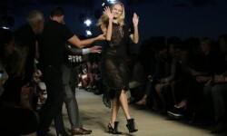 Candice Swanepoel modelo de Victoria s Secret se cayo (1)
