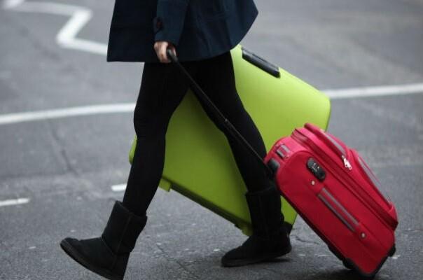 Cerca de 22.000 jóvenes de la Comunitat han tenido que emigrar entre 2009 y 2013.