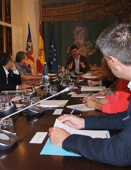 Constitución de la Comisión de Cooperación Municipal.