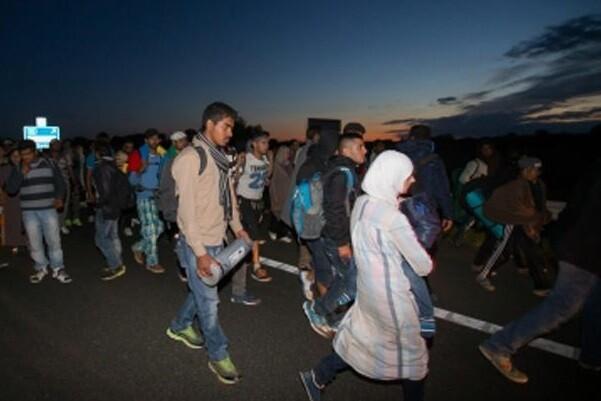 Croacia cierra casi todos sus pasos fronterizos a los refugiados.