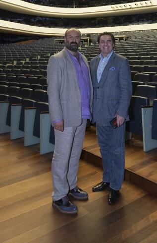 Davide Livermore, Intendente de Les Arts, y Lyndon Terracini, director artístico de Opera Australia.
