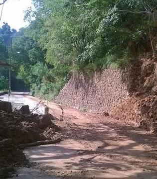 Desprendimientos de tierra ocurridos el pasado jueves.