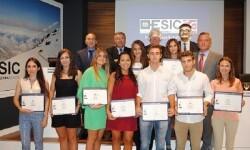 Durante la inauguración se entregaron los diplomas del Cuadro de Honor Académico de los Premios a la Excelencia del curso 2014-2015.