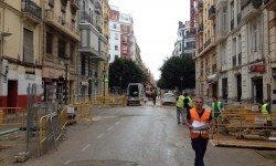 """El Ayuntamiento quiere """"agilizar"""" y acabar cuanto antes las obras de la calle San Vicente."""