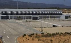 El aeropuerto de Castellón recibirá este martes el primer vuelo regular.