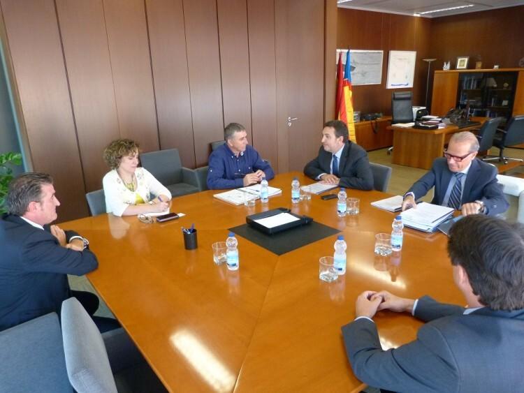 El conseller Rafa Climent ha recibido a los representantes de FEMEVAL