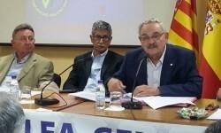 Emilio Zamora en una asambla da la FFCV.