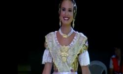 Fallas; Los rostros de la emoción en la Corte de honor y candidatas a Fallera Mayor de Valencia (10)
