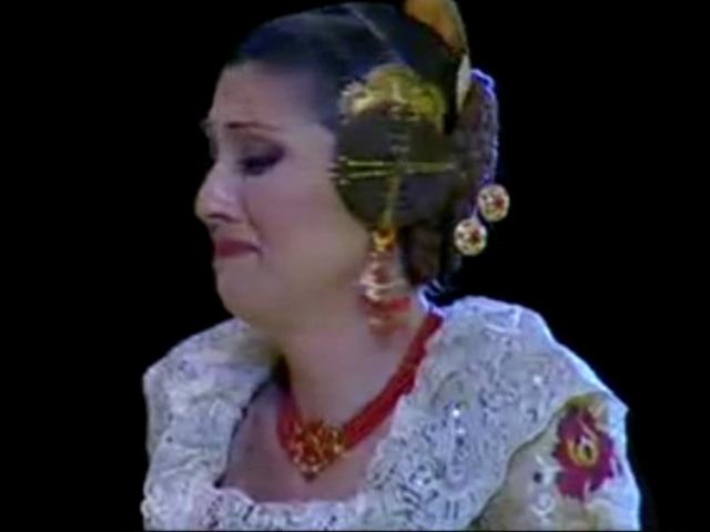 Fallas; Los rostros de la emoción en la Corte de honor y candidatas a Fallera Mayor de Valencia (40)
