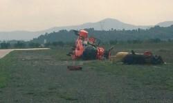 Helicóptero AS32 Cougar del Batallón de helicópteros de emergencia UME,  accidentado en el aeródromo de Requena. Sin daños personales.