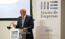 Juan Roig inaugura las instalaciones de Marina de Empresas.