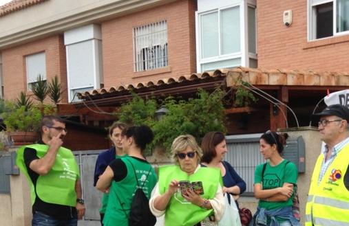 La PAH llama a frenar un desahucio en Castellón de una mujer con dos menores   Castellón   EL MUNDO