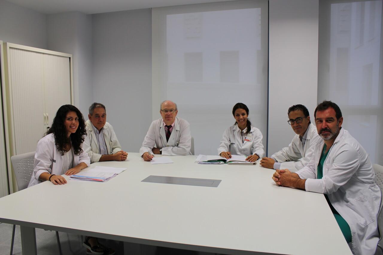 La Unidad de Coloproctología del Hospital Clínico recibe la acreditación nacional de Unidad Avanzada