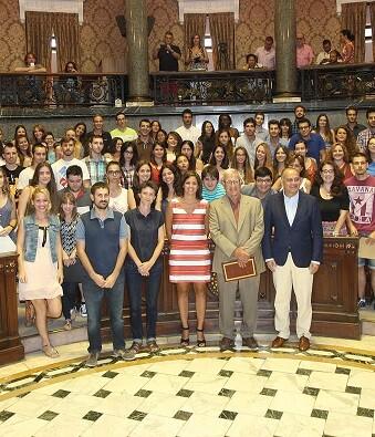 La iniciativa ha favorecido a más de 1.000 estudiantes que han disfrutado de la citada beca impulsada por la Diputación Provincial.