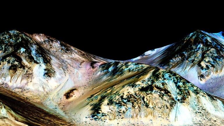 Las imágenes de Marte donde la NASA ve huellas de agua (2)