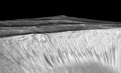 Las imágenes de Marte donde la NASA ve huellas de agua (3)