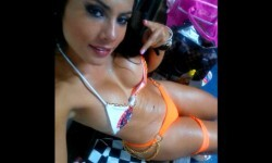 Liz Mayerling Castillo, candidata a la mejor cola del Valle en Colombia (17)