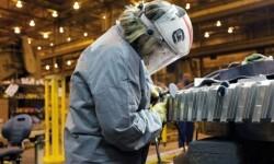 Los trabajadores podrán compatibilizar el paro con un empleo autónomo.