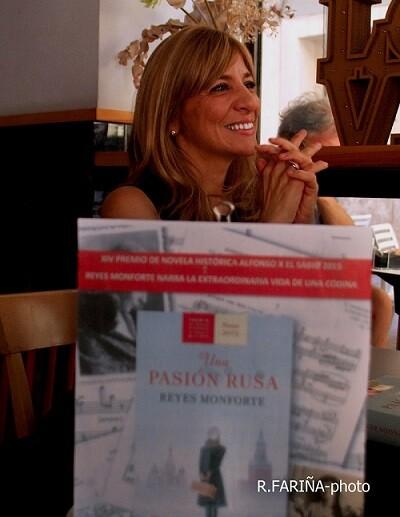 Monforte durante un pasaje de la entrevista. (Foto-R.Fariña-Valencia Noticias.).