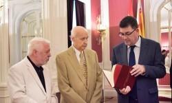 Morera destaca el papel del CVC para recuperar el dinamismo de la cultura valenciana.