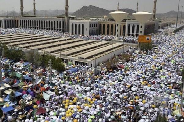 Mueren 717 personas en una trágica avalancha de peregrinos en La Meca.