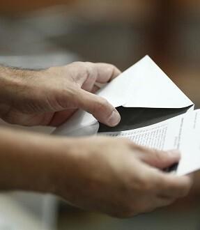 Por provincias, la mayor participación se registraba en Girona con el 38,4 por ciento.