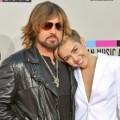 Qué consejos le dio el padre de Miley Cyrus para que su hija sea una súper estrella