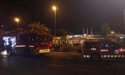 Unas 80 personas fueron evacuadas por un incendio en un hotel de Canet d'En Berenguer.