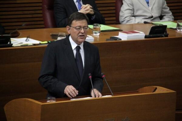 Ximo Puig asiste a la constitución de la comisión de investigación del accidente de metro.