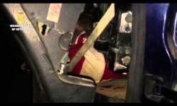 La Guardia Civil auxilia a tres inmigrantes ocultos en dobles fondos de un vehículo en la Aduana de Beni-Enzar