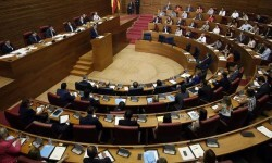 presidente-Corts-renuncia-pacto-gobierno_EDIIMA20150630_0652_20