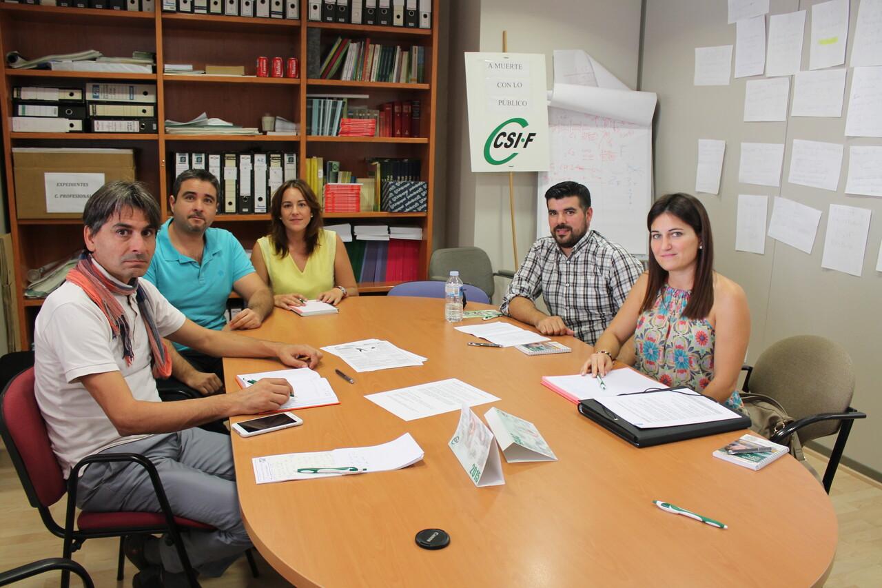 reunión docentes interinos con oposición