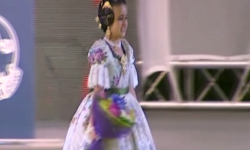 rostros de emoción en  Corte de honor y candidatas a Fallera Mayor Infantil de Valencia fallas (16)