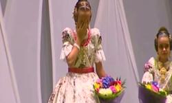 rostros de emoción en  Corte de honor y candidatas a Fallera Mayor Infantil de Valencia fallas (20)